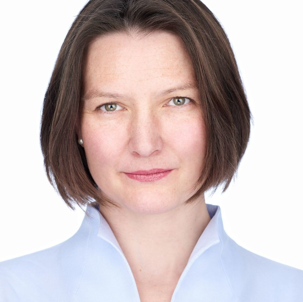 Dr. Christine Solf - Senior Consultant at dgroup, part of Accenture Consulting