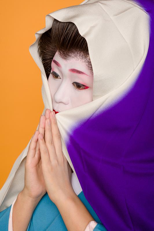 The geisha Yukako of Gion Kobu with a scarf