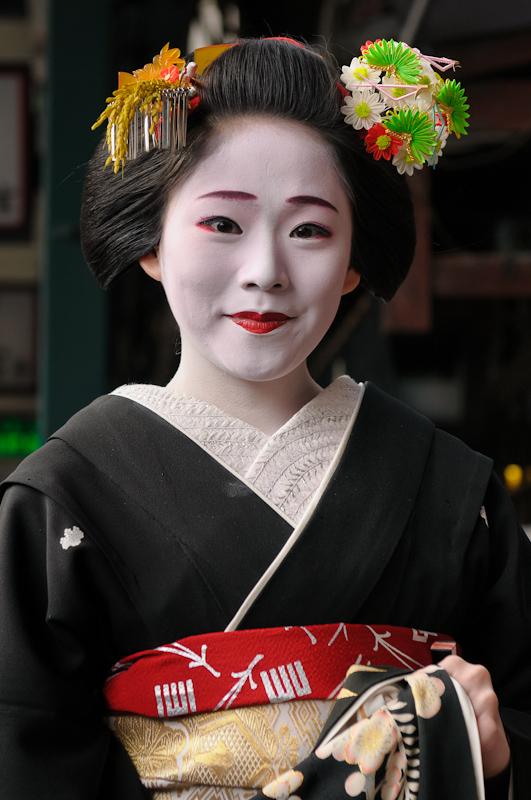 Kyoto-Maiko-Manaha-1