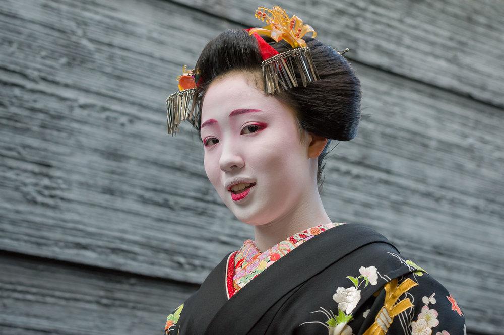maiko-mamefuji-misedashi-1.jpg