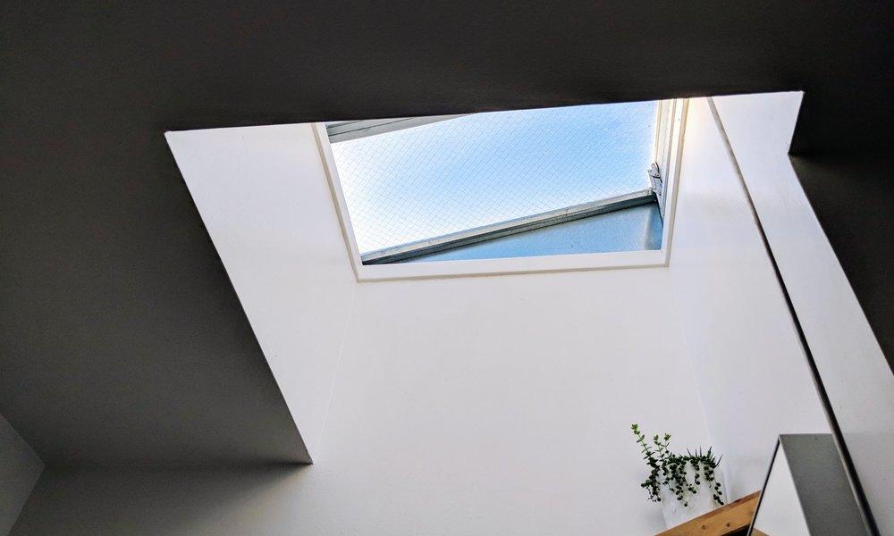 HOME & DESIGN -