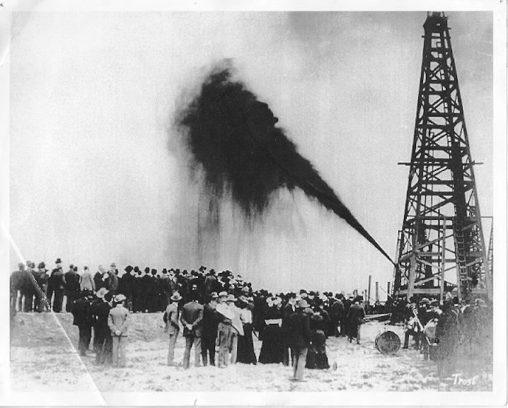 Spindletop, Texas, 1901. Photographer: Trost Studio