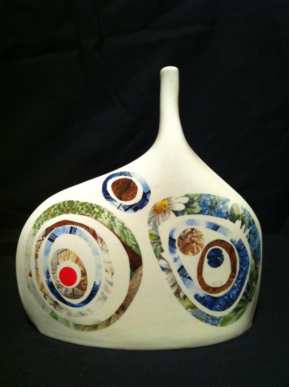 Aslin-Hummel | Untitled Vessel 2 | organic earthenware