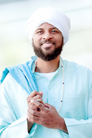 Amanbir is a Kundalini Yoga teacher, yoga therapist & licensed acupuncturist based in New York City. He offers a healing and fun approach to the ancient lineage of Kundalni Yoga. In each class Amanbir is known for bringing his sense of humor, music, and extensive knowledge of the healing field. Amanbir currently teaches his in-depth understanding of western physiology, eastern anatomy & astrology in various yoga and therapy trainings world wide. He holds a Master of Science in Traditional Oriental Medicine and a Bachelor of Science in Engineering.