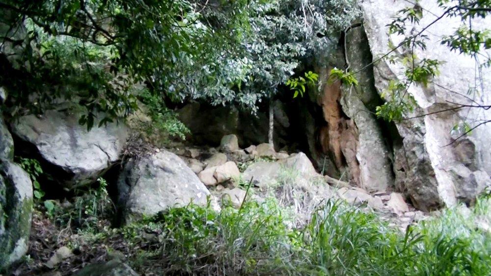 Ravana Caves, Srilanka