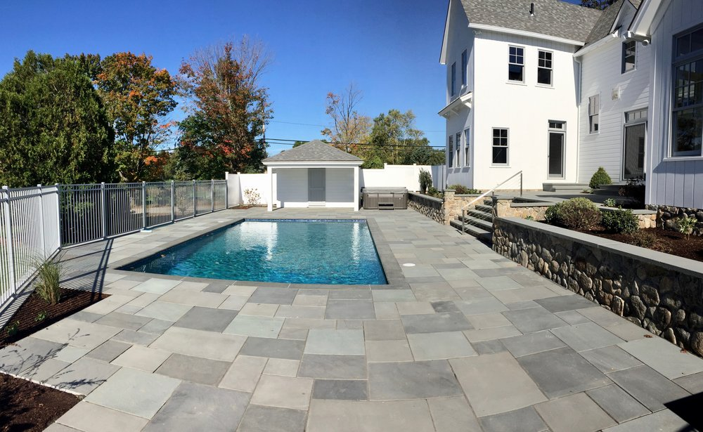 Thermal Ashlar Pattern Bluestone Pool Patio.jpg