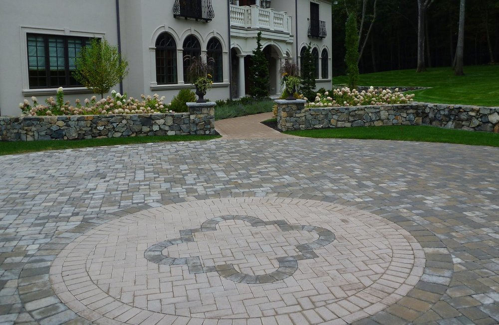 Ideal Mill Stone Paver Driveway (2).jpg