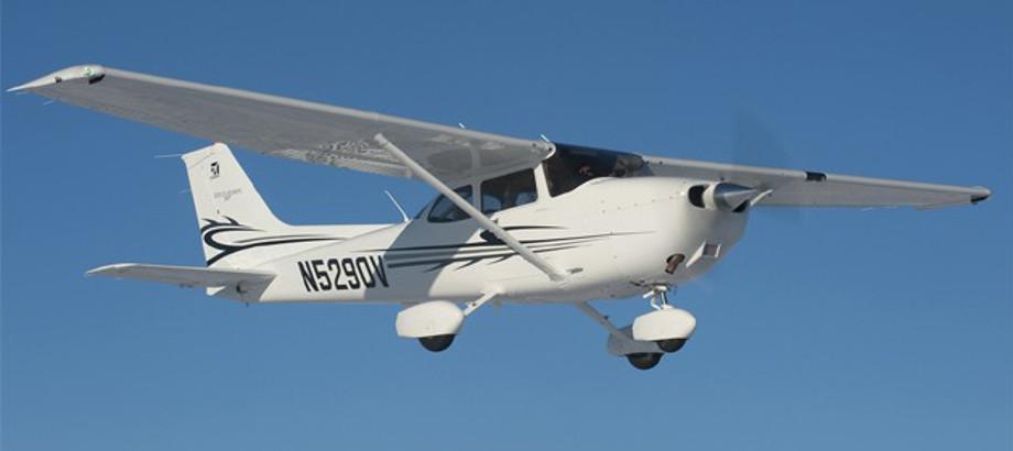 Cessna+172+Skyhawk.jpg