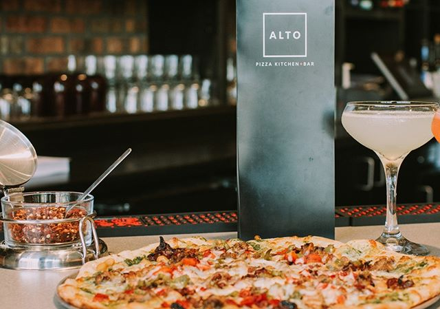 Alto Pizza Kitchen now caters! Check out the new catering menu and contact us with any inquires . . . . .  #cincyeats #lovethecov #covington #covingtonky #pizza #watersheddistillery #braxtonbrewing #yelpcincy #kentucky