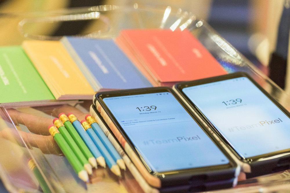 Google @ Verizon WC-Product Bar-4804.jpg