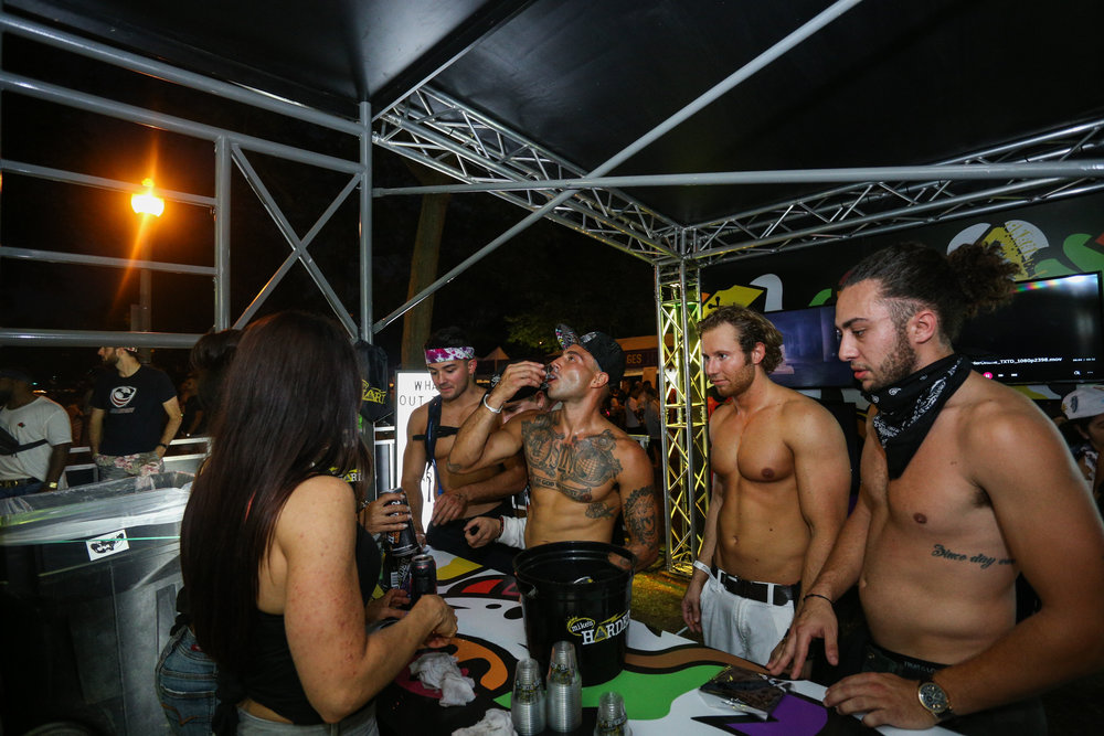 OHM-Mikes Harder-N Coast Music Fest Chicago-Sampling Bar-3201.jpg
