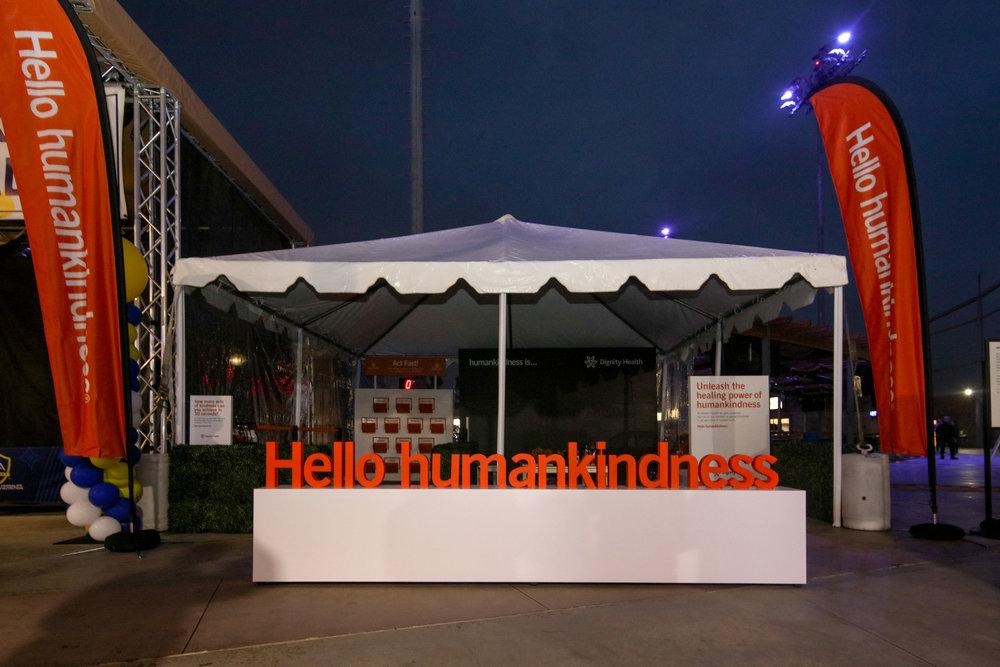 OHelloMedia-DignityHealthSportsPark-HumanKindnessActivation-1260.jpg