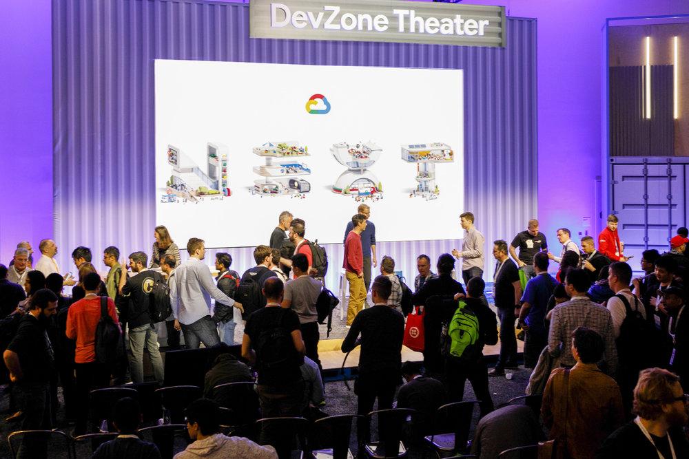 O Hello Media-Google Next-2K6A7804a.jpg