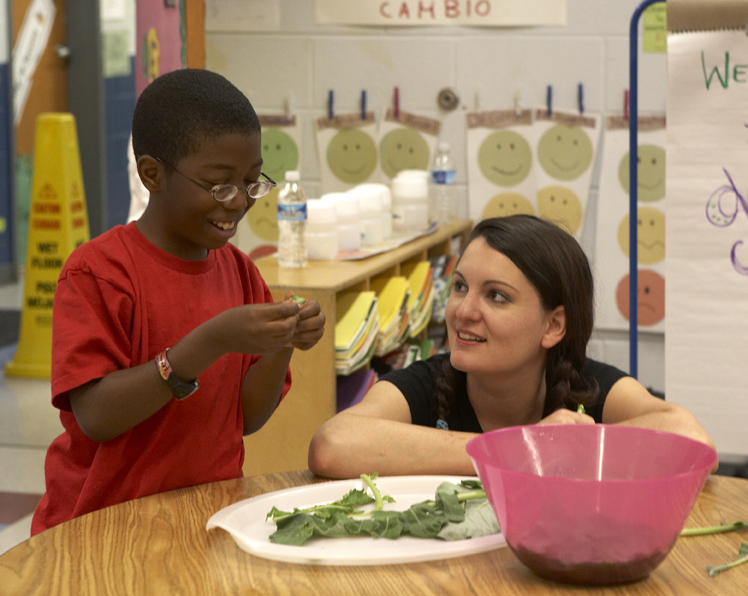 LauraFries_rogueApron_Chef2School.jpg