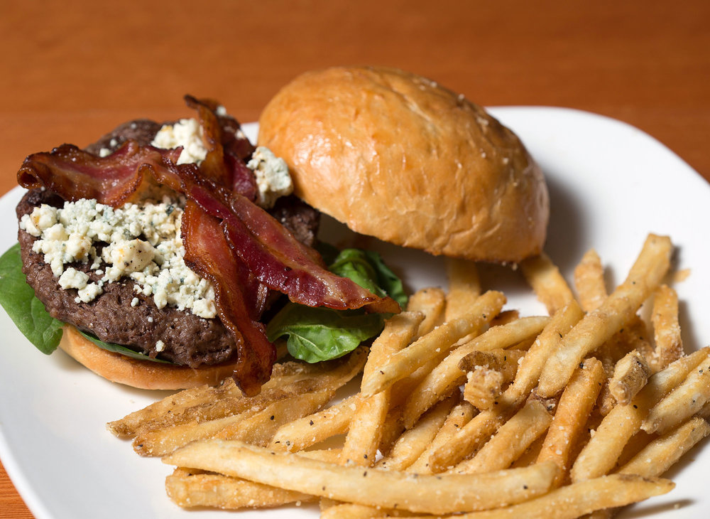 Black-and-Blue-Burger-with-Bacon.jpg