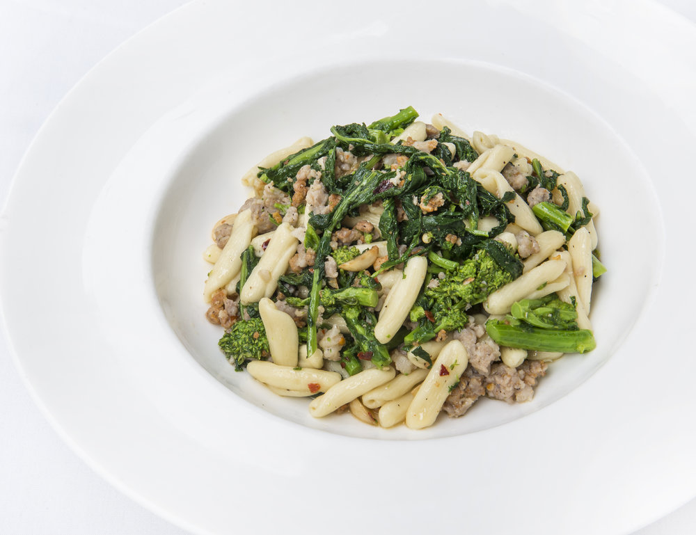 VAGO - Broccoli Rabe Pasta with sausage - photo by Andrew Werner.jpg