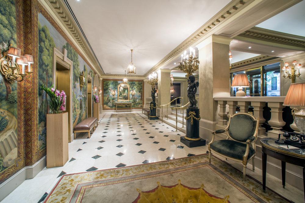 Hotel Plaza Athenee lobby 6.4.15 - photo by Andrew Werner.jpg