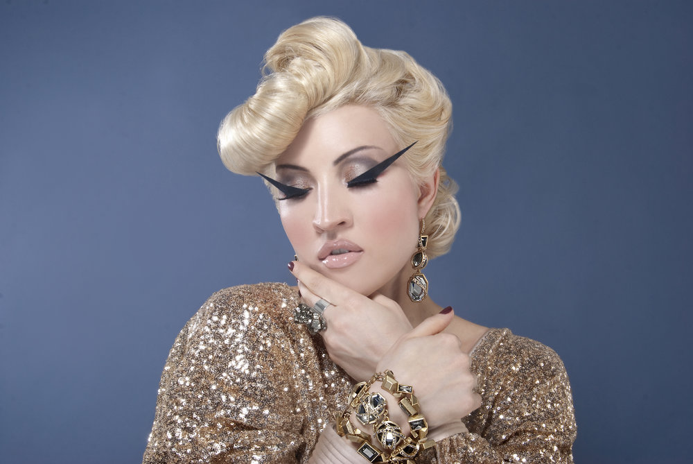 Sasha Gradiva beauty by Andrew Werner.jpg
