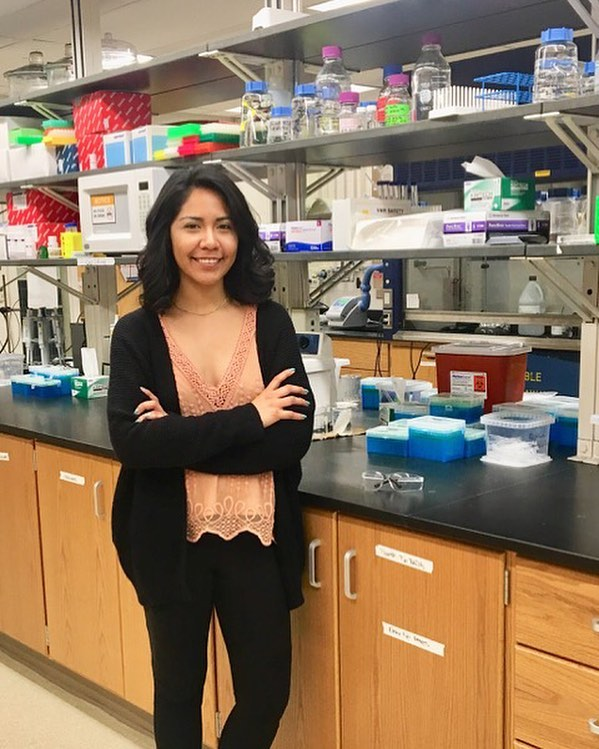 Hello beautiful science fanatics!  I'm Gloria, @chicchemistry, I'm a PhD student at the University of Michigan (@uofmichigan) #GOBLUE ! . My research stands at the interface of analytical chemistry, epigenetics, and microfluidics. The bioanalytical lab that I work in strives to develop microfluidic platforms for epigenetic profiling. I've just finished my first year in #gradschool and its been a roller coaster but over all a positive experience. As a Latina in science I want to share my experience overcoming the social expectations of what a Latina women should be as well as the stigma of how a scientist is perceived. . When a break is needed from lab I take pleasure in a long journaling session, drinking a glass of wine, or simply strolling the streets in the latests additions to my #chic closet.