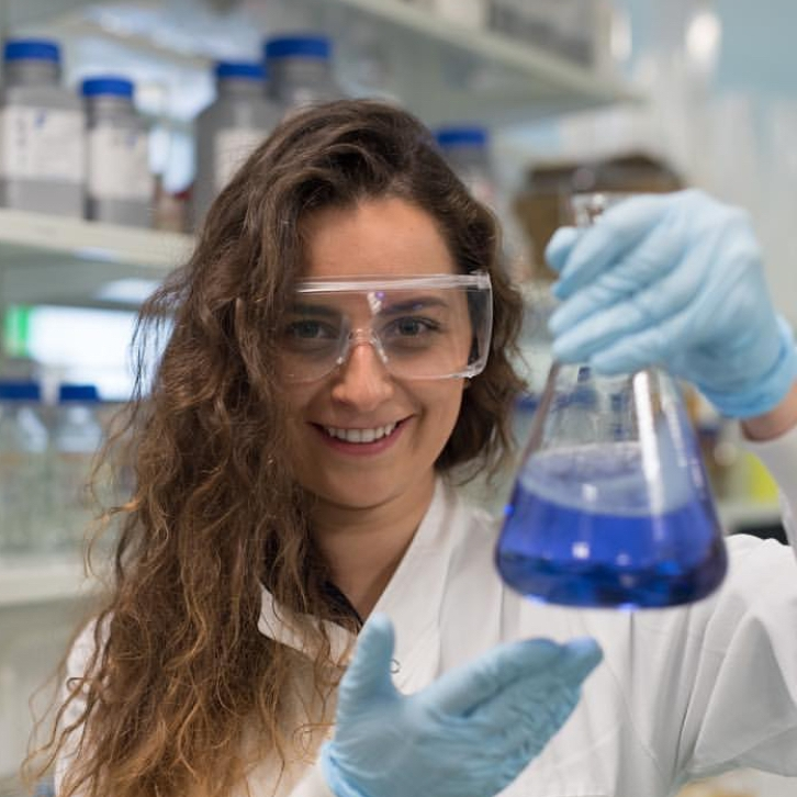 Agata  @beascientist Specialty: Biological Chemistry