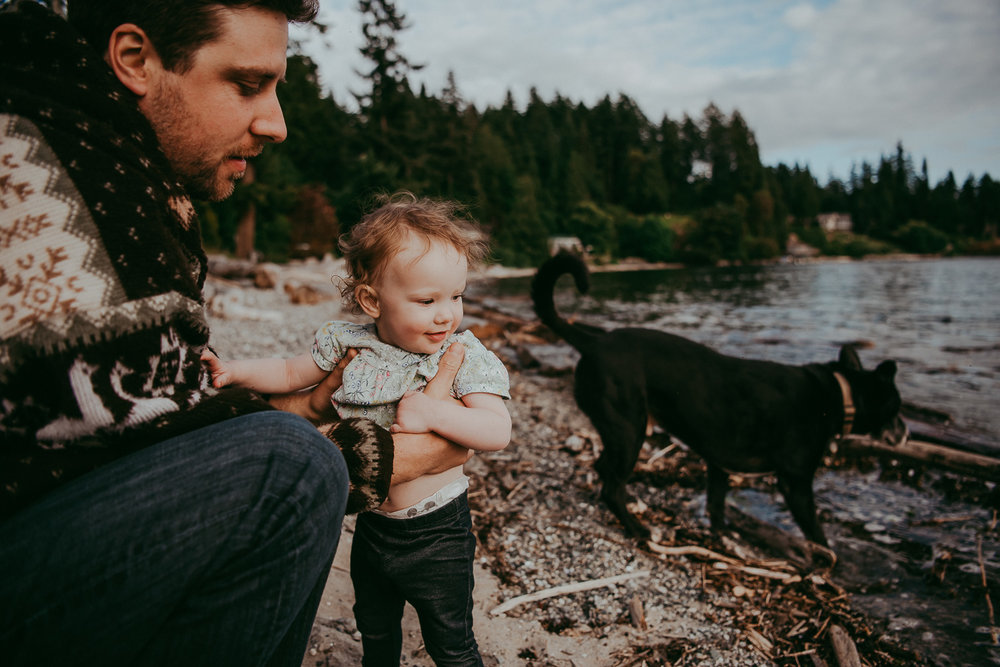 family-photographer-Sunshine-Coast-BC-halfmoon-bay-family-session-katiebowenphotography-6.jpg