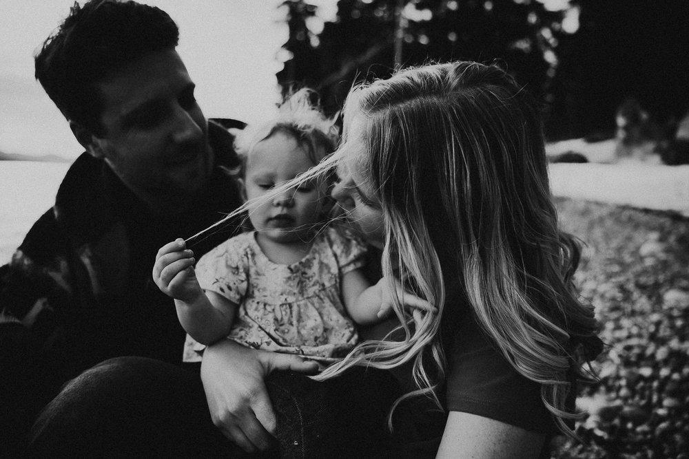 family-photographer-Sunshine-Coast-BC-halfmoon-bay-family-session-katiebowenphotography-23.jpg