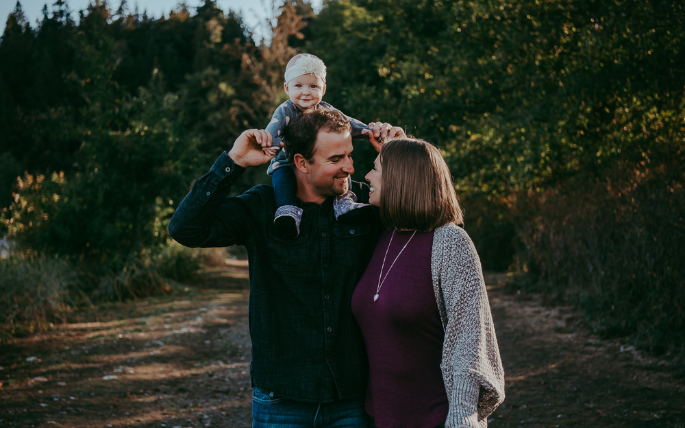 Sargent-Bay-Sunset-family-session-Sunshine-Coast-BC-Katie-Bowen-Photography-4.jpg