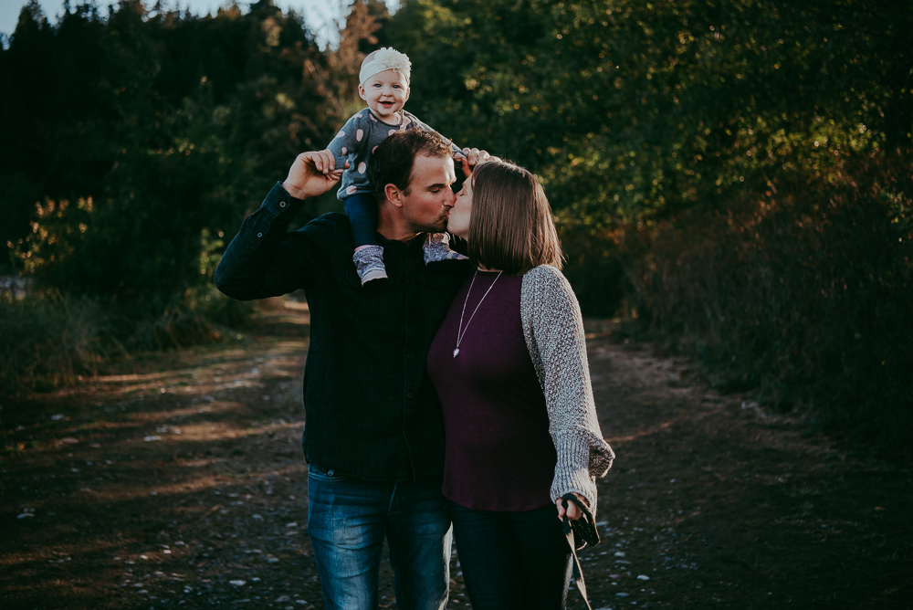 Sargent-Bay-Sunset-family-session-Sunshine-Coast-BC-Katie-Bowen-Photography-5.jpg