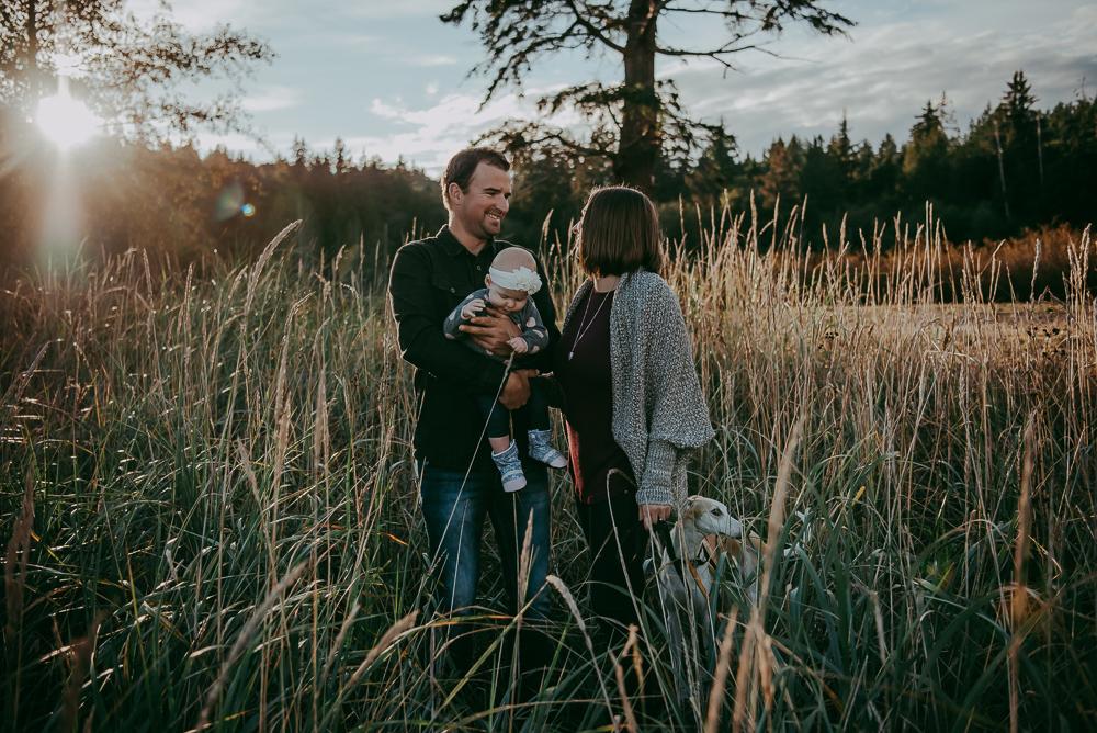 Sargent-Bay-Sunset-family-session-Sunshine-Coast-BC-Katie-Bowen-Photography-14.jpg
