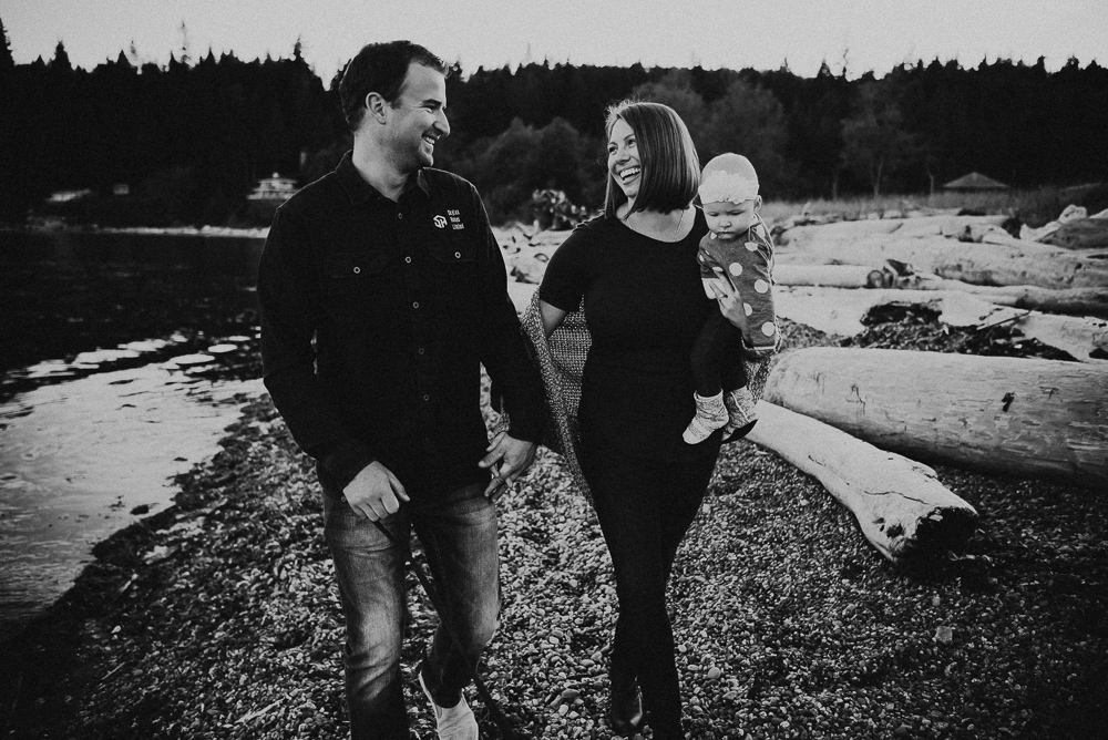 Sargent-Bay-Sunset-family-session-Sunshine-Coast-BC-Katie-Bowen-Photography-19.jpg