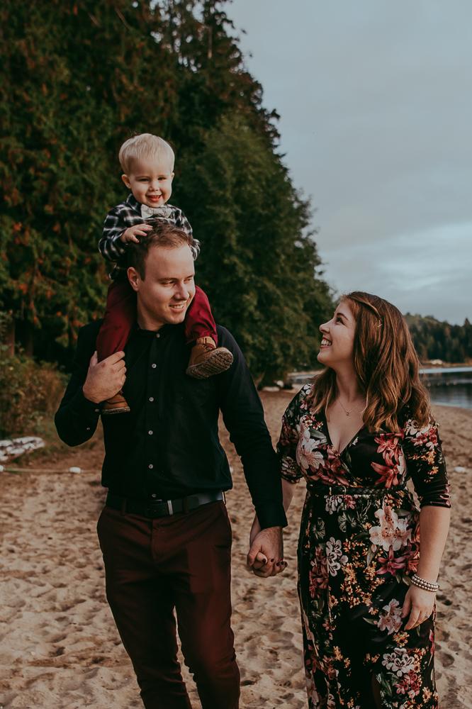 sargent-bay-family-photographer-session-Sunshine-Coast-BC-Katie-Bowen-Photography-9.jpg
