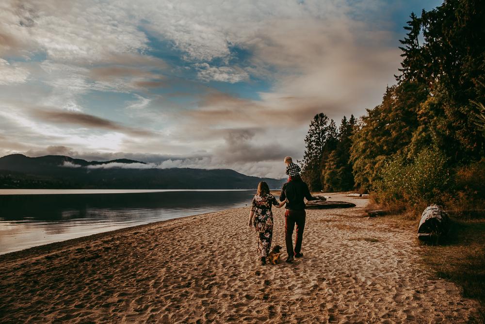 sargent-bay-family-photographer-session-Sunshine-Coast-BC-Katie-Bowen-Photography-8.jpg