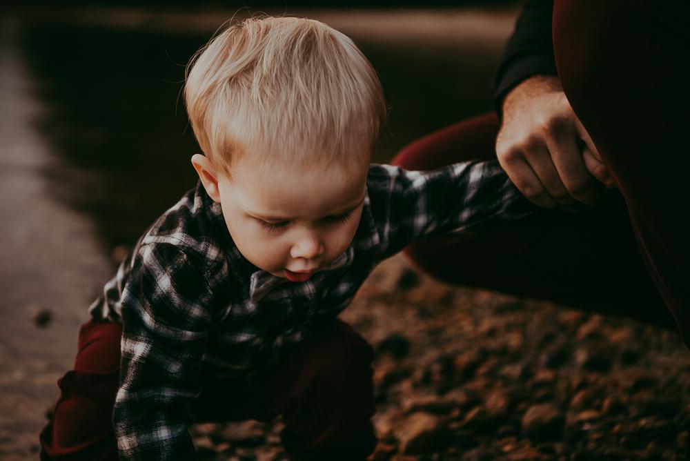 sargent-bay-family-photographer-session-Sunshine-Coast-BC-Katie-Bowen-Photography-15.jpg