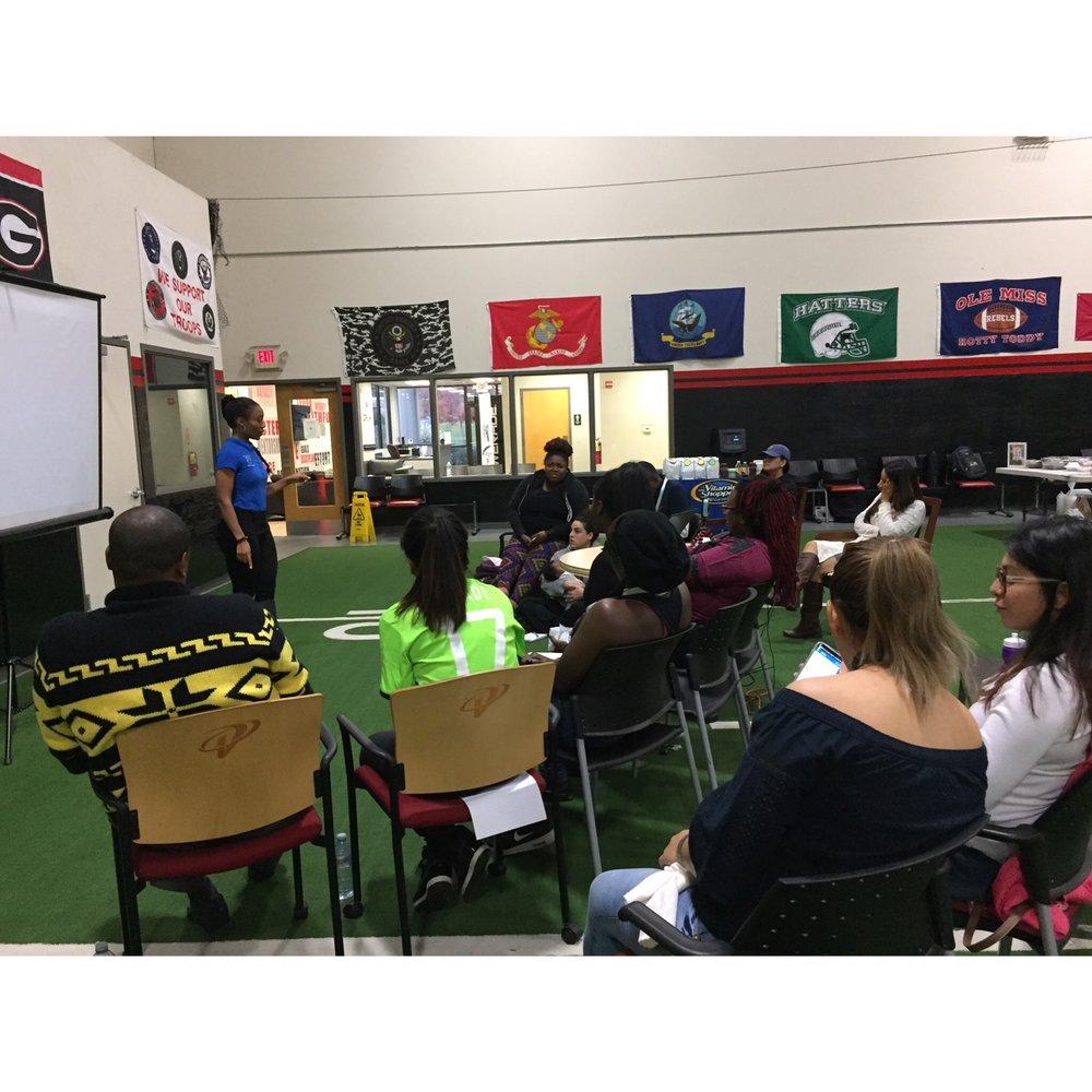 Eboni W. teaching a class on nutrition