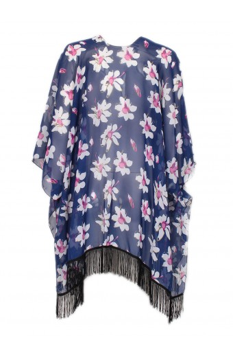 Kimono - A piece of clothing that is beautiful, practical and versatile, such as this kimono from Sassy Chic. She can wear it over shorts out and about, over her swimwear on the beach, with sandals for a casual night out, and more! Also perfect for a capsule wardrobe-lover.
