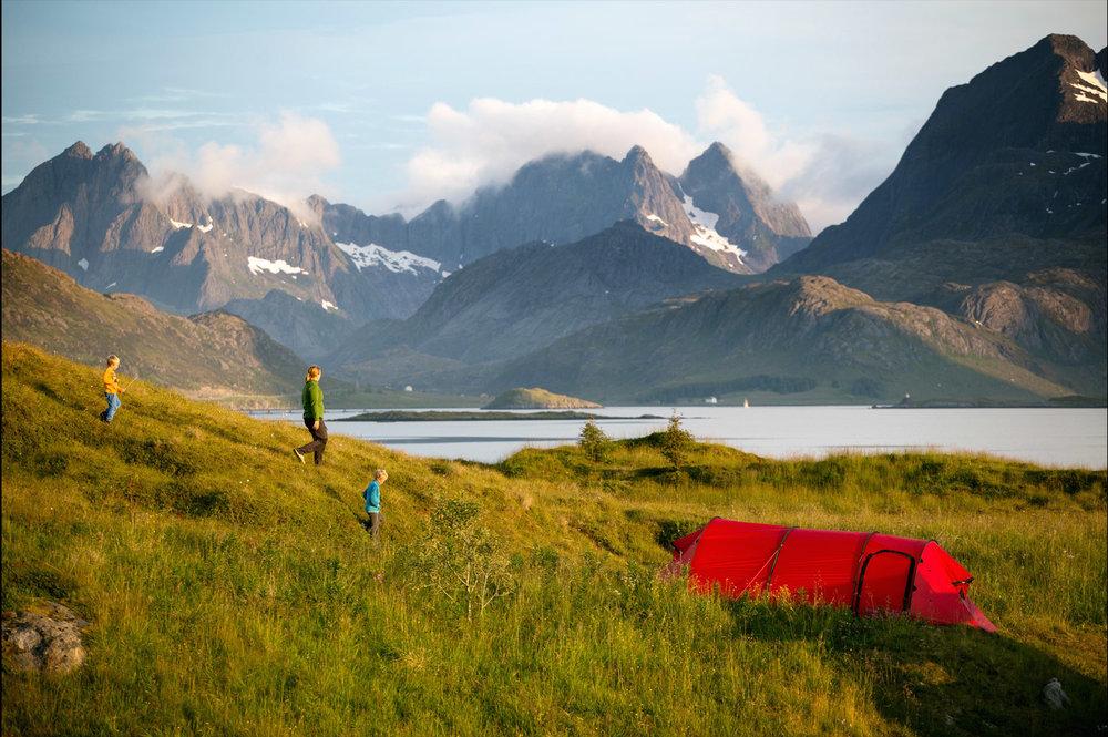 Fotturer, sykkelturer, ski, og klatring    FRILUFTSLIV    TURER I LOFOTEN