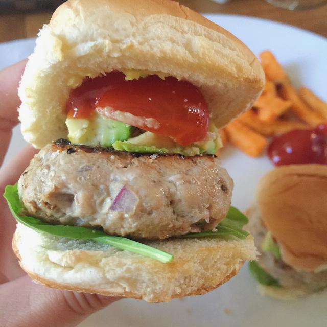 Easy Turkey Burger Sliders 1.jpg