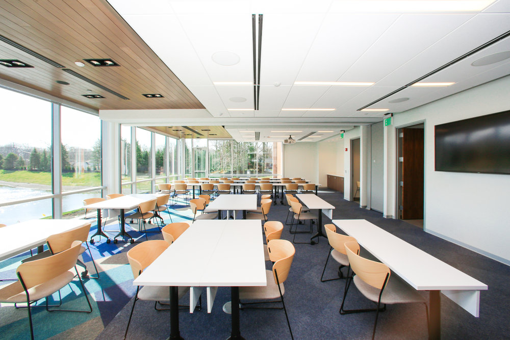 PARC-Interior-Conf Rm-Lakeview-6009.jpg