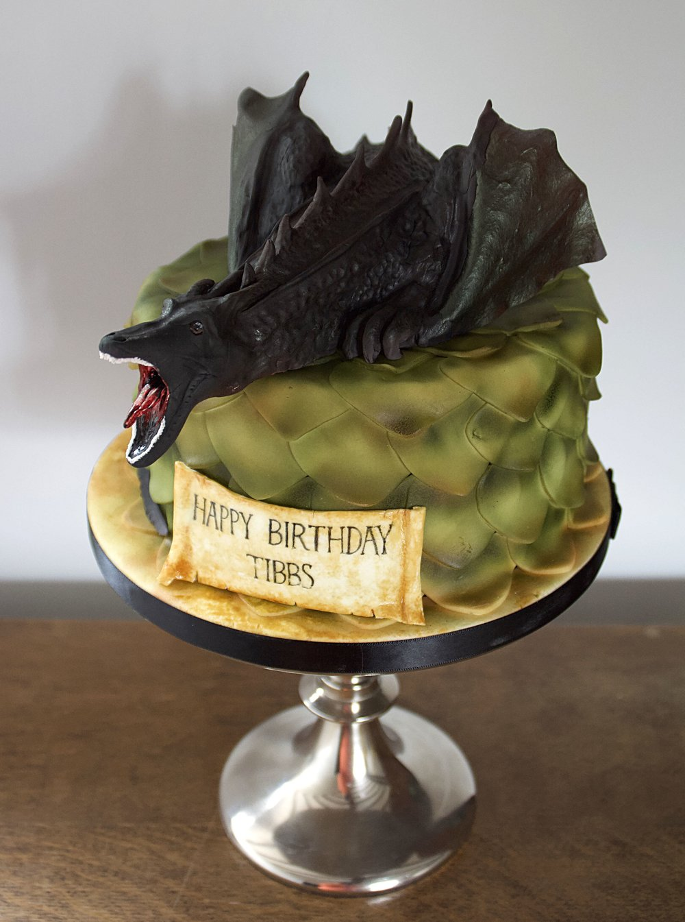 Game of Thrones dragon birthday cake