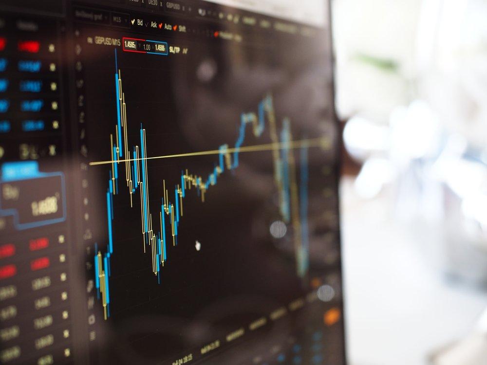 negative-space-stock-market-graphs.jpg