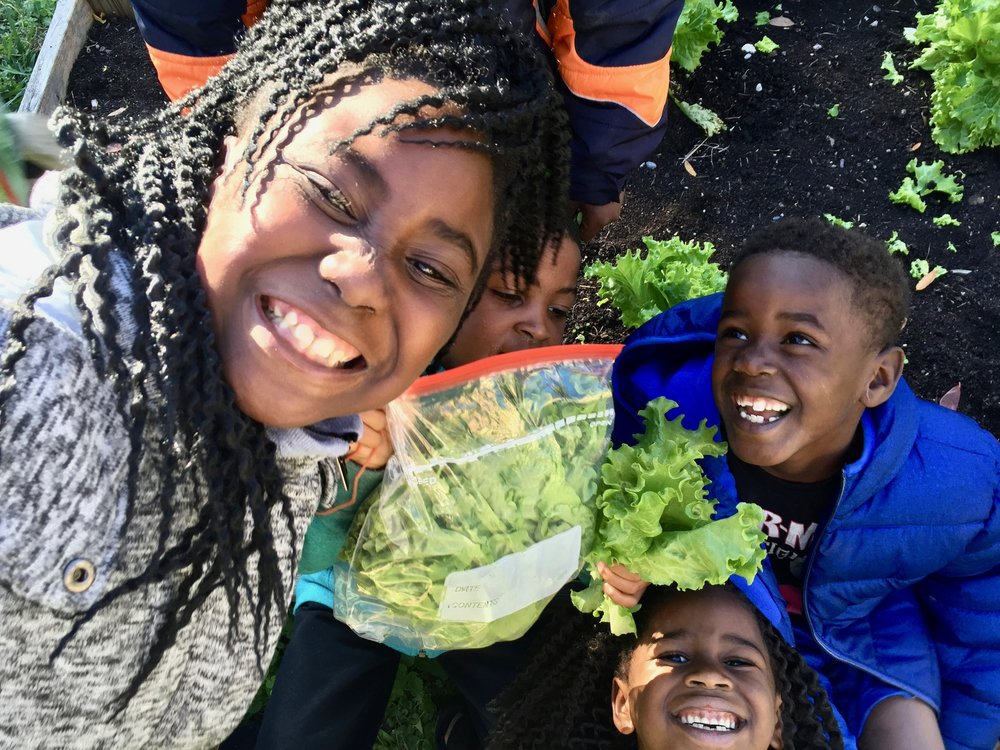 terranlicia-jercarion-fred-and-aliyah-in-the-vegetable-garden.jpg