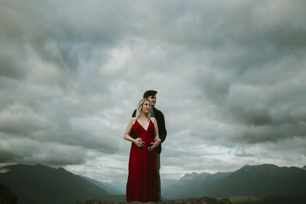 rattlesnake lake maternity shoot