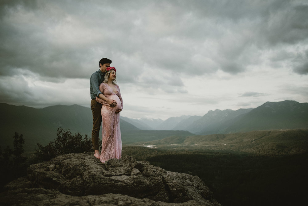 north bend maternity shoot