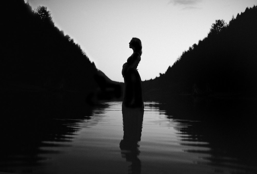 rattlesnake lake maternity session