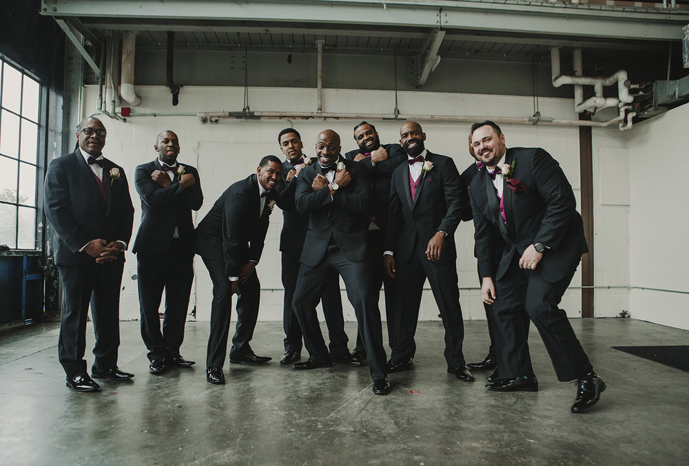 groomsman photo seattle