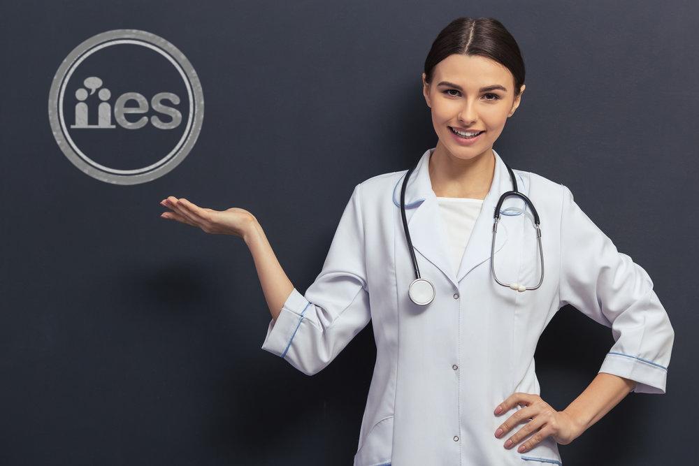 medico ensenado en el IES.jpg