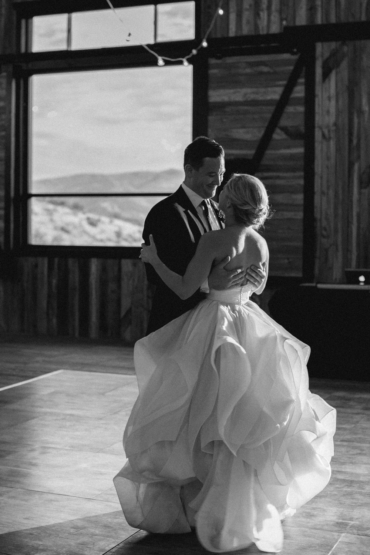 blue-sky-ranch-utah-fall-wedding-35.jpg