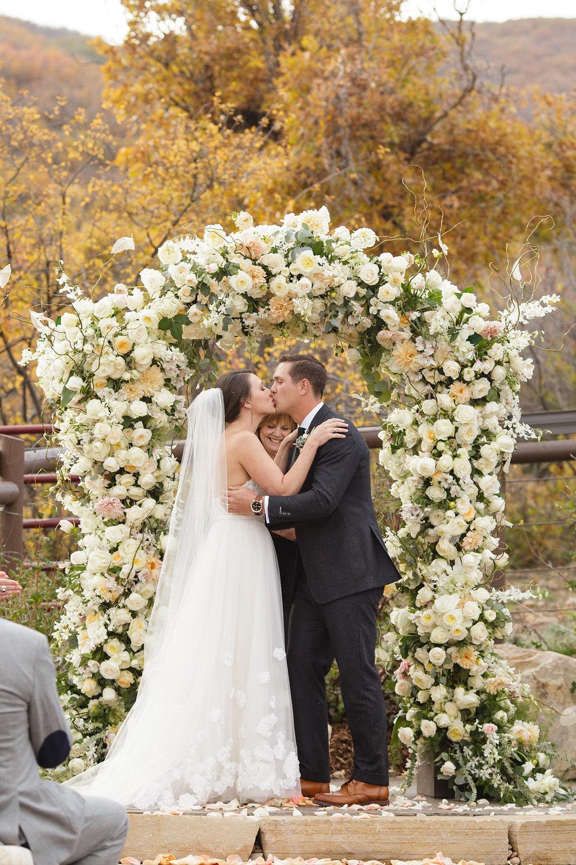 blue-sky-ranch-wedding-utah-17.jpg