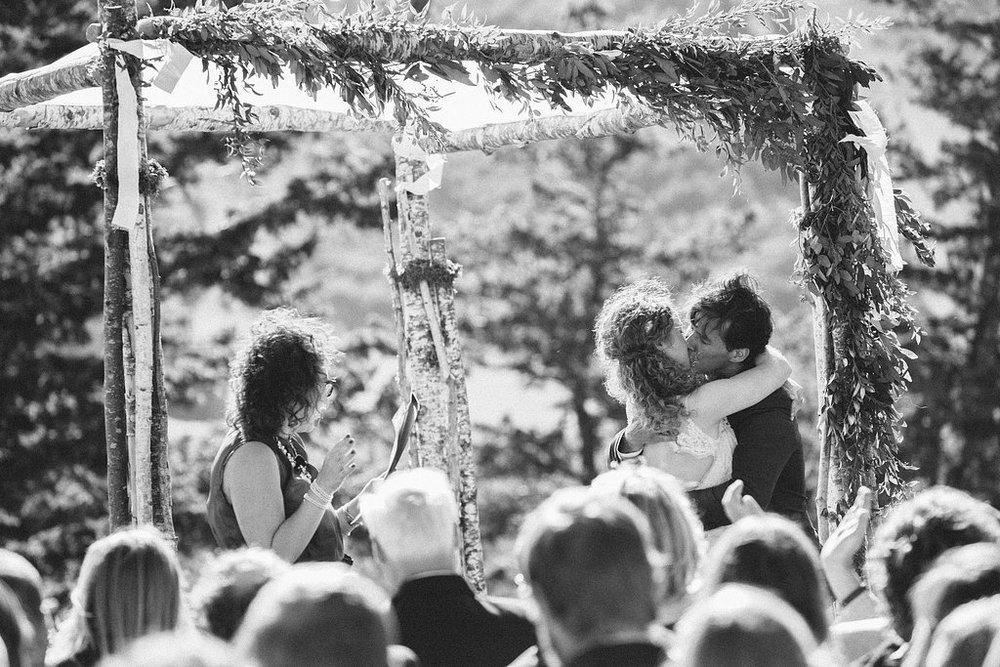 cushings-cabin-wedding-deer-valley-23.jpg