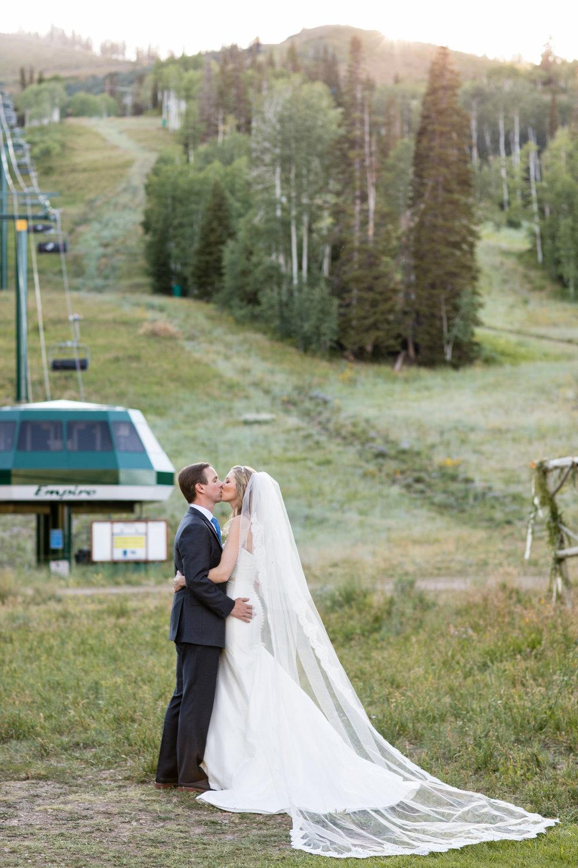 deer-valley-wedding-photographer-23.jpg